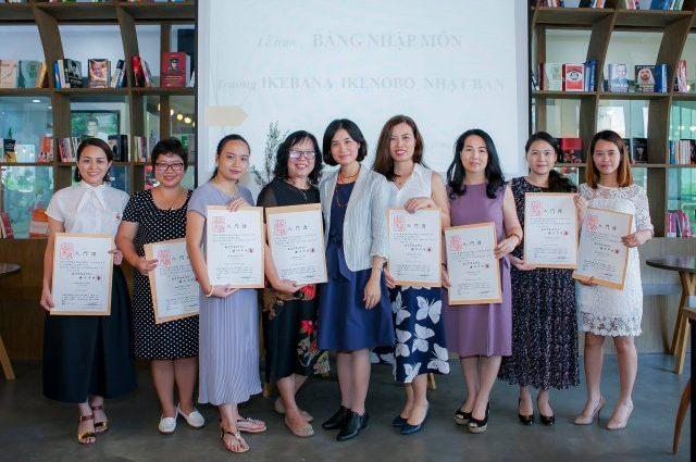 Lễ trao bằng nhập môn trường Ikenobo Nhật Bản 2018